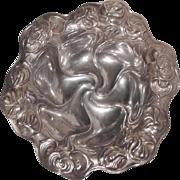 KERR Sterling Repousse Art Nouveau Bowl  5+ Troy Oz.
