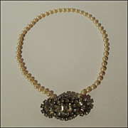 1940s Simulated Pearl & Rhinestone Pin/Necklace