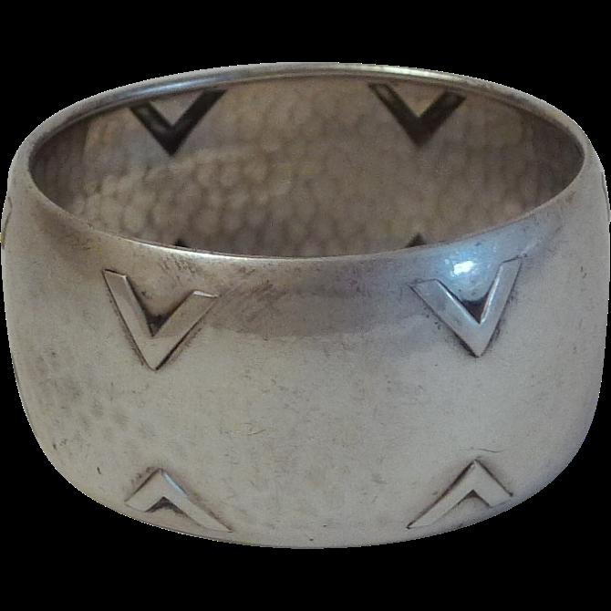 Arts  & Crafts HAMMERED 835 Silver Napkin Ring
