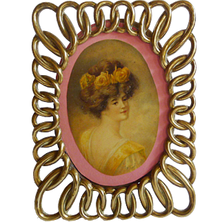 Spandrel Oval Ring English Brass Picture Frame