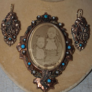 High Victorian Gold Brooch and Earrings Hands Fans Gems!