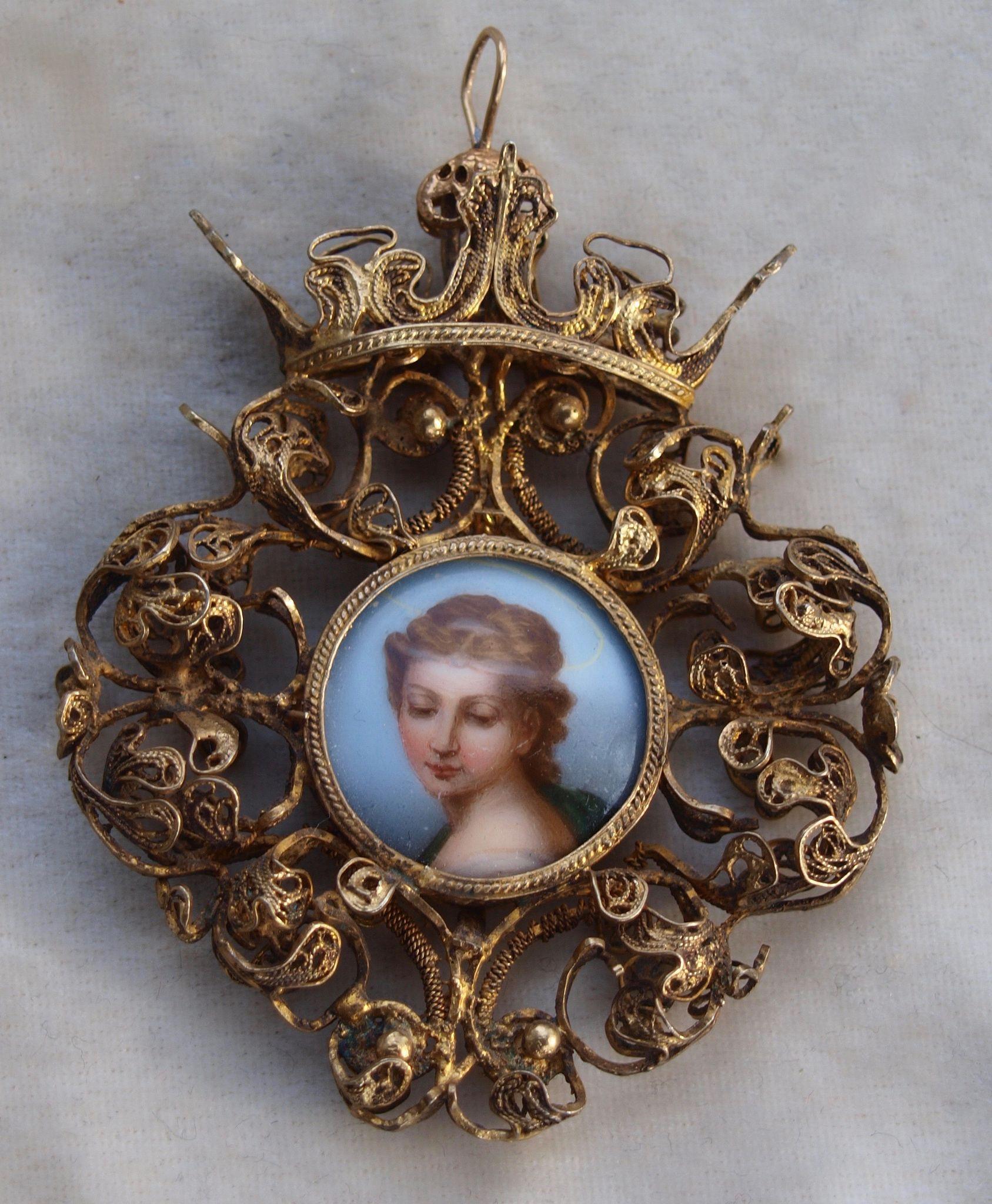 18th Century Sicilian Filigree Pendant in Silver.