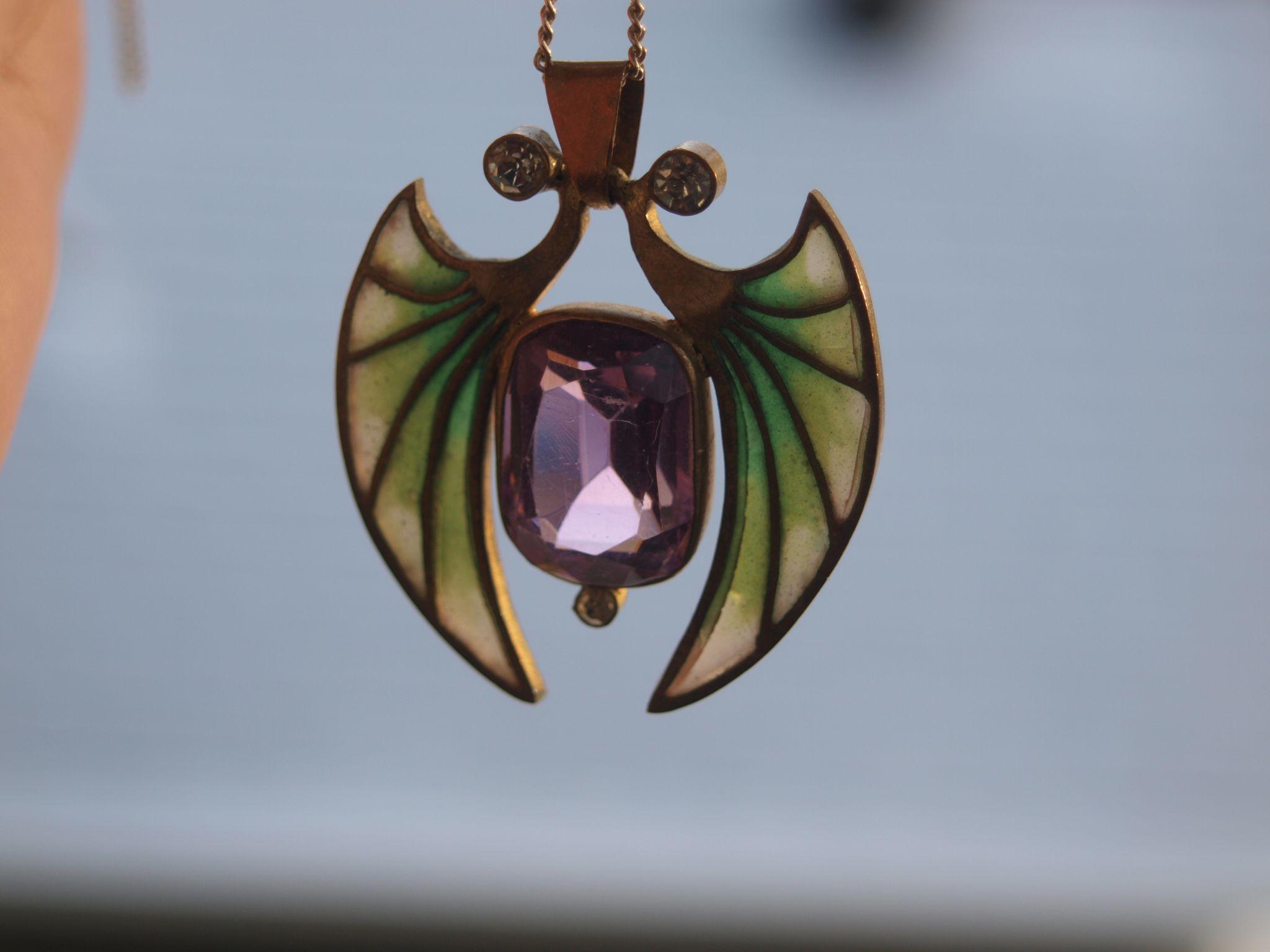 Art Nouveau Plique A Jour Bat Pendant