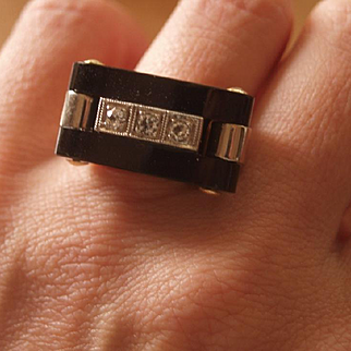 Art Deco Diamond And Onyx Ring - A Lapidary Masterpiece!