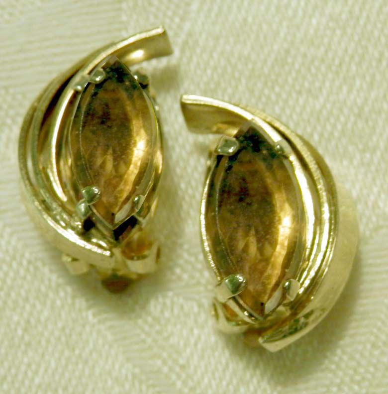 RETRO Amber Rhinestone Swirled Clip Earrings