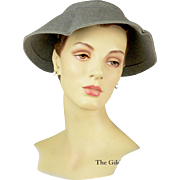 Vintage 1950s Retro Hat in Merino and Cashmere Grey Felt, Exquisite Condition!
