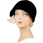 Vintage Saks Hat in Original Box,1950s High Fashion Cloche from Saks Fifth Avenue Millinery Salon in Mint Condition!   Appears Unworn