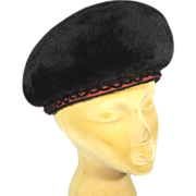 Luxurious 1960s Furry Black Italian Felt Bubble Hat