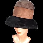 Posh 1960s Vintage Velour Felt Bubble Hat w Bell Brim