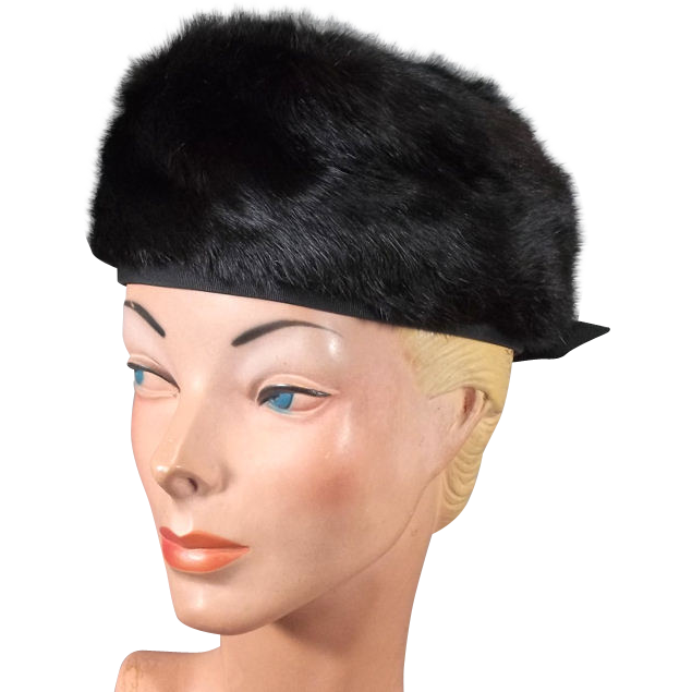 Plush 1960s Black Fur Vintage Beret Hat