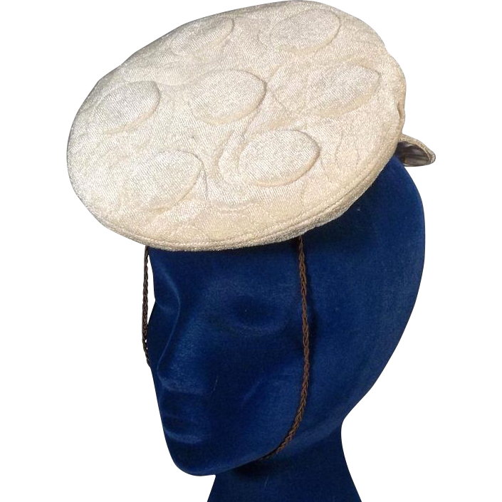 Charming Louie Miller 1930s Vintage Tilt or Topper Hat