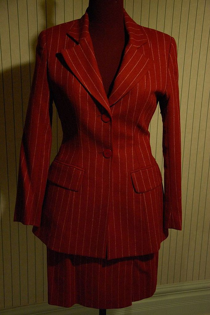 Charles Jourdan Red White pinstripes Wool Classic Structured Suit