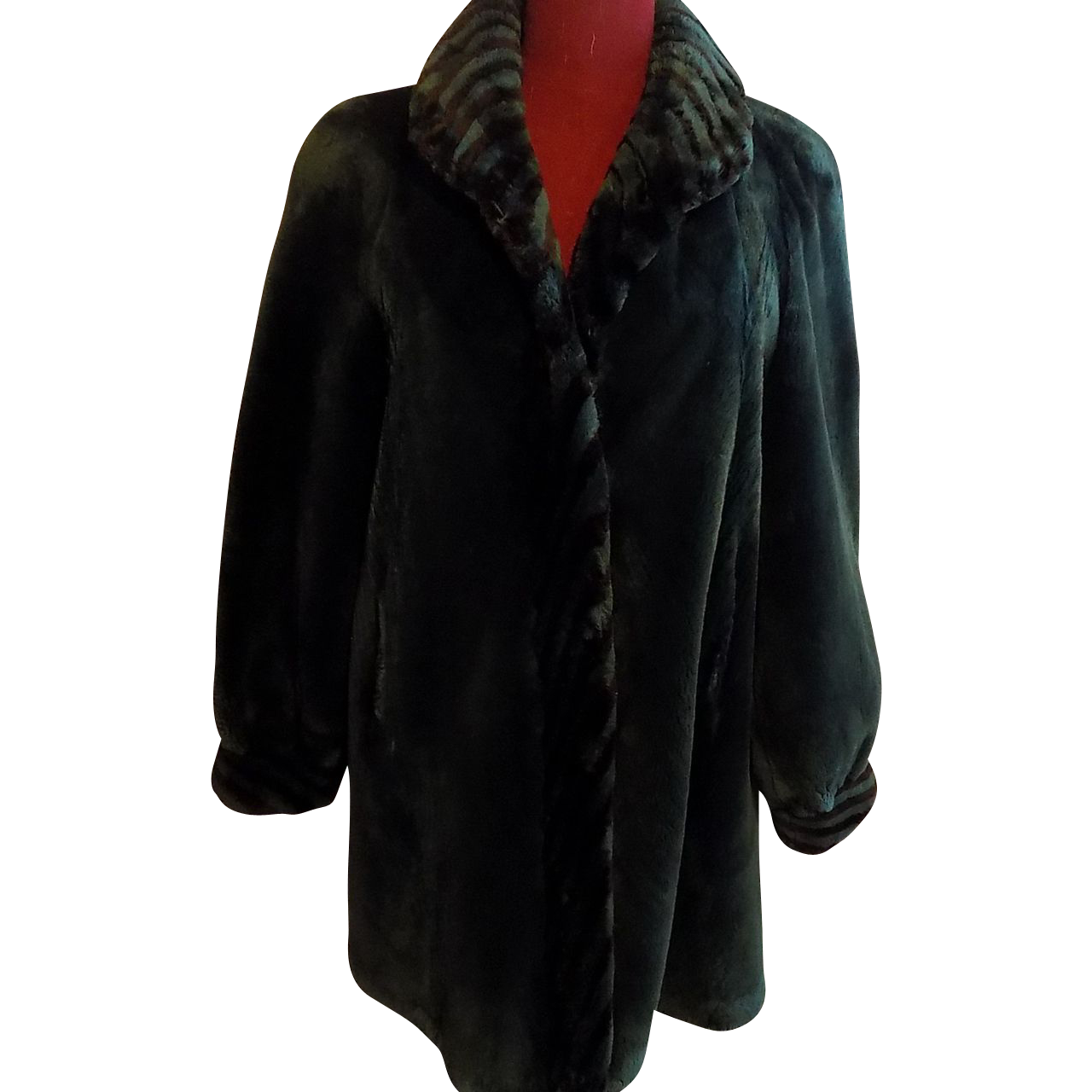 Rare Green Sheared beaver let-out fur coat stroller A-line swinger