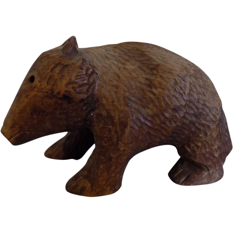 Folk art amish Canadian mennonite Wood Carved Bear