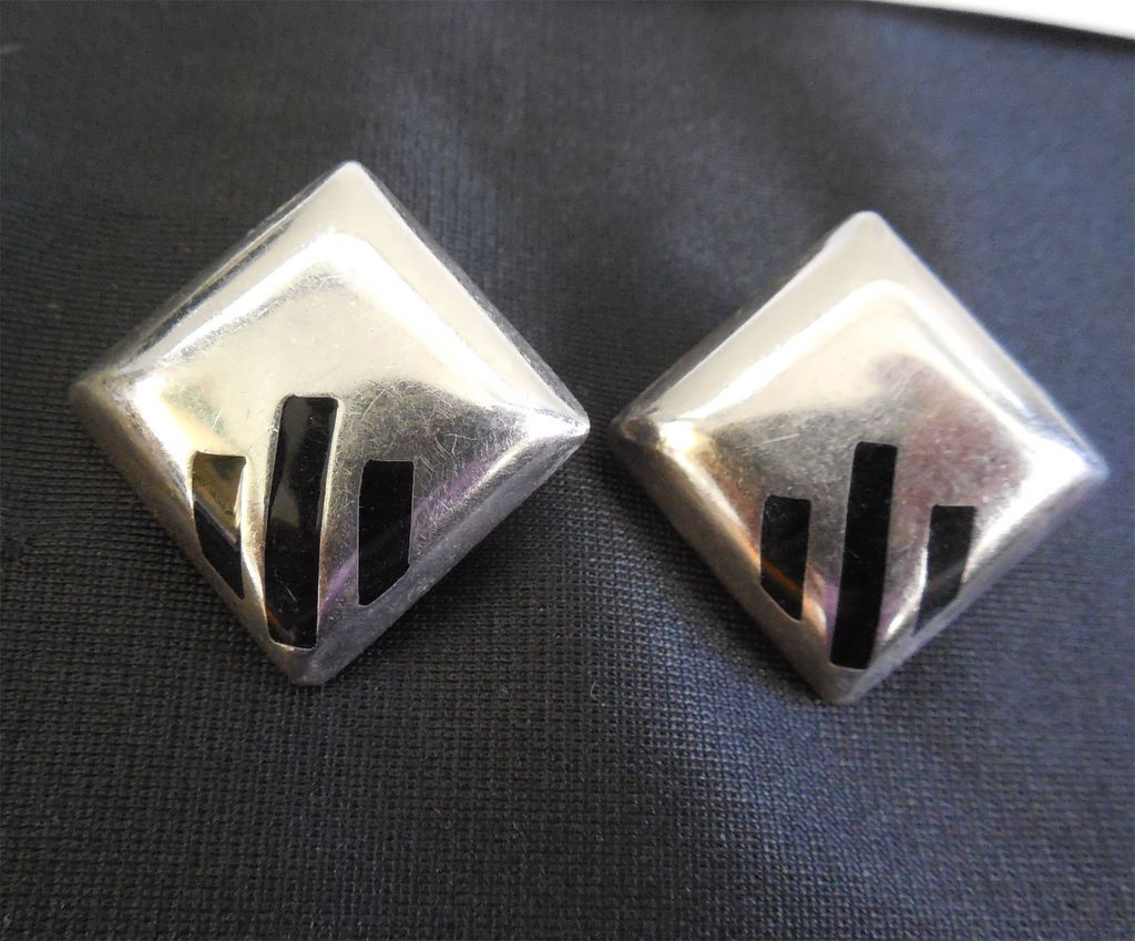 Mexican Sterling & Onyx Earrings - Vintage Signed Alicia and TO-40