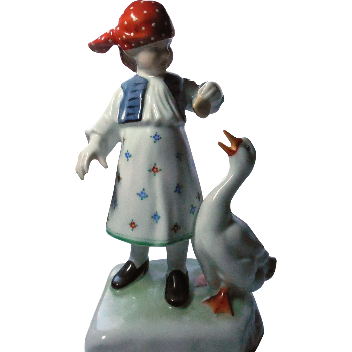 Herend Girl With Goose Porcelain Figurine #5565