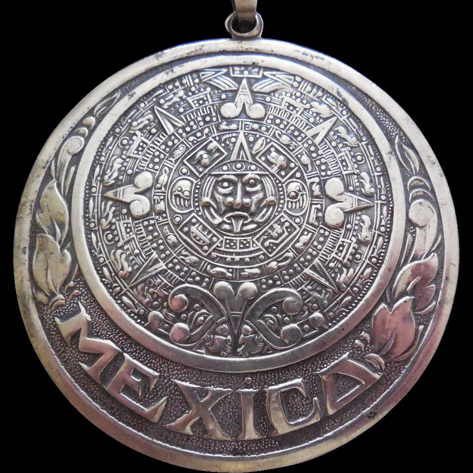 Large sterling silver vintage aztec calendar pendant with border large sterling silver vintage aztec calendar pendant with border of leaves and mexico eagle 1 mexico circa 1950 mozeypictures Images