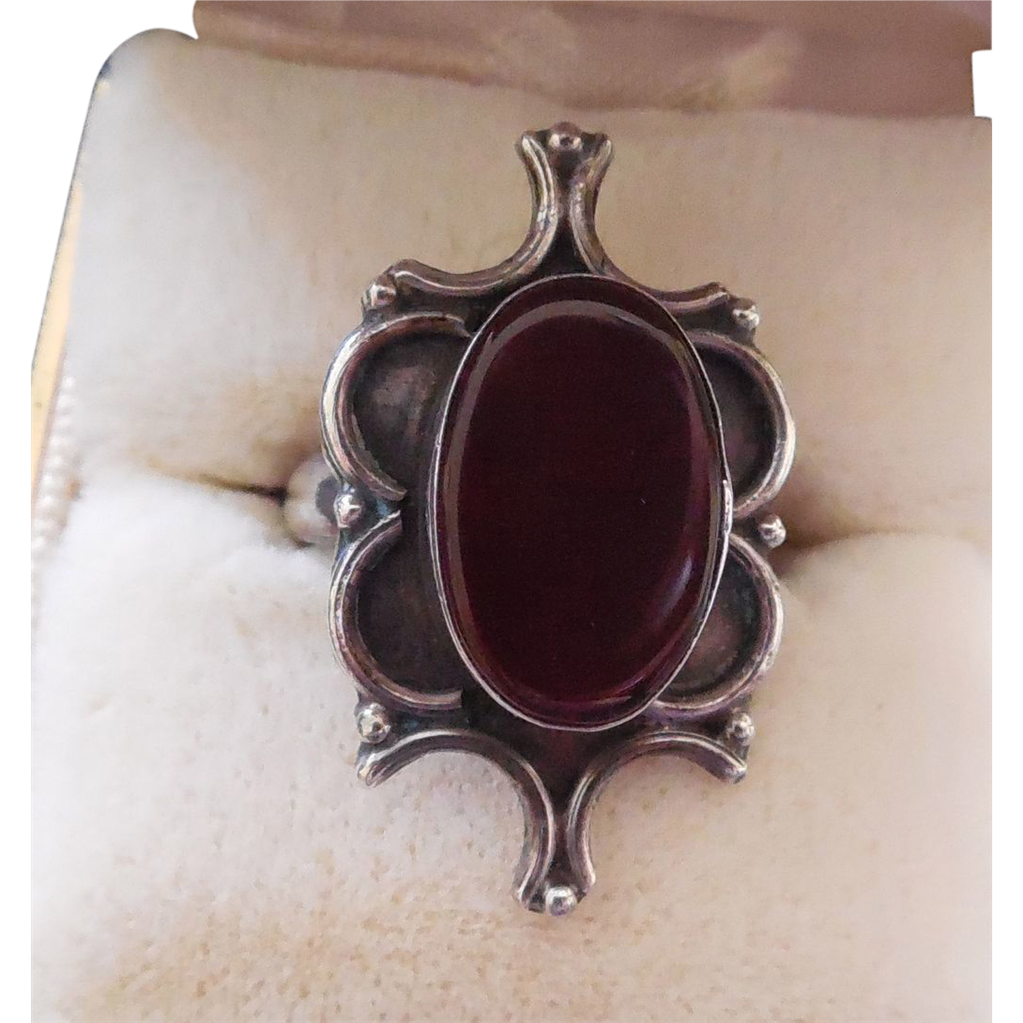 Vintage Sterling Silver Ring With Red Glass Stone - Size 6