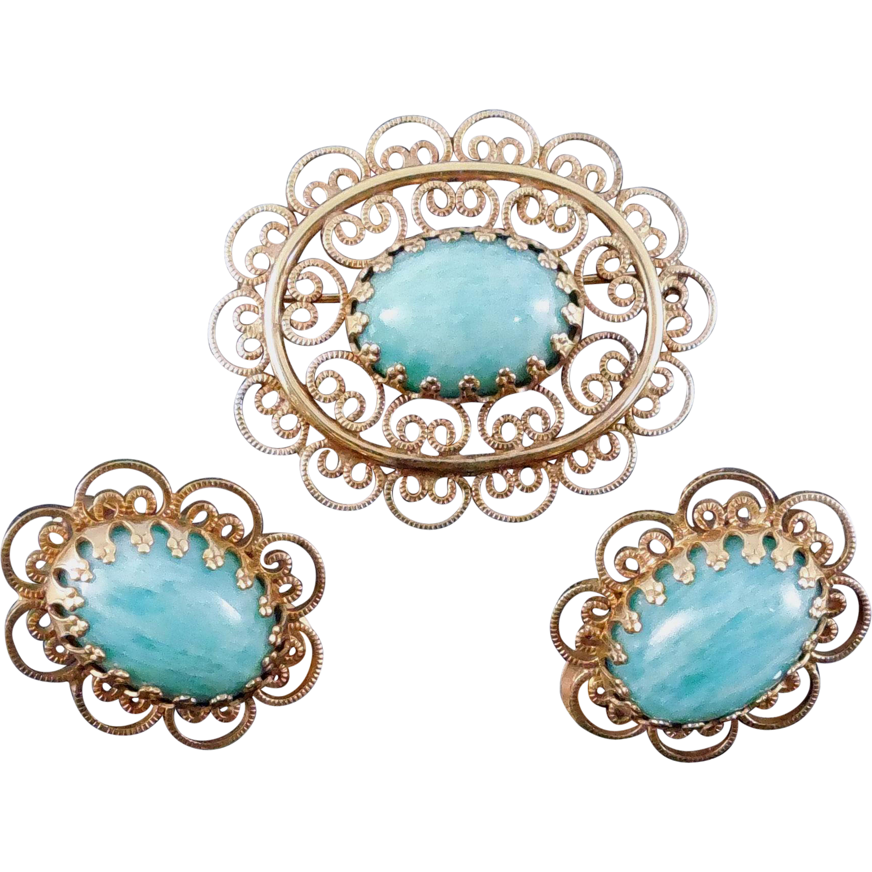 Signed Winard Brooch & Earrings Set 12K GF With Mottled Green Glass or Stone