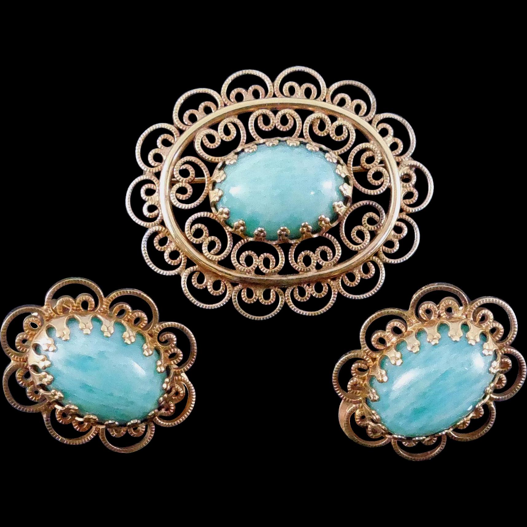 Signed Winard Brooch & Earrings Set 12K GF With Mottled Green Glass or Stone