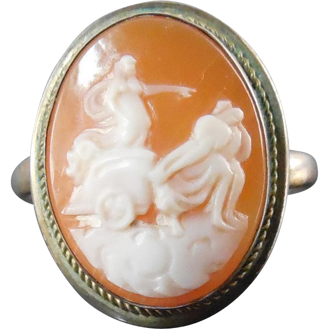 Vintage 800 Coin Silver Shell Cameo Ring with Greek or Roman Chariot  -  Size 6.5