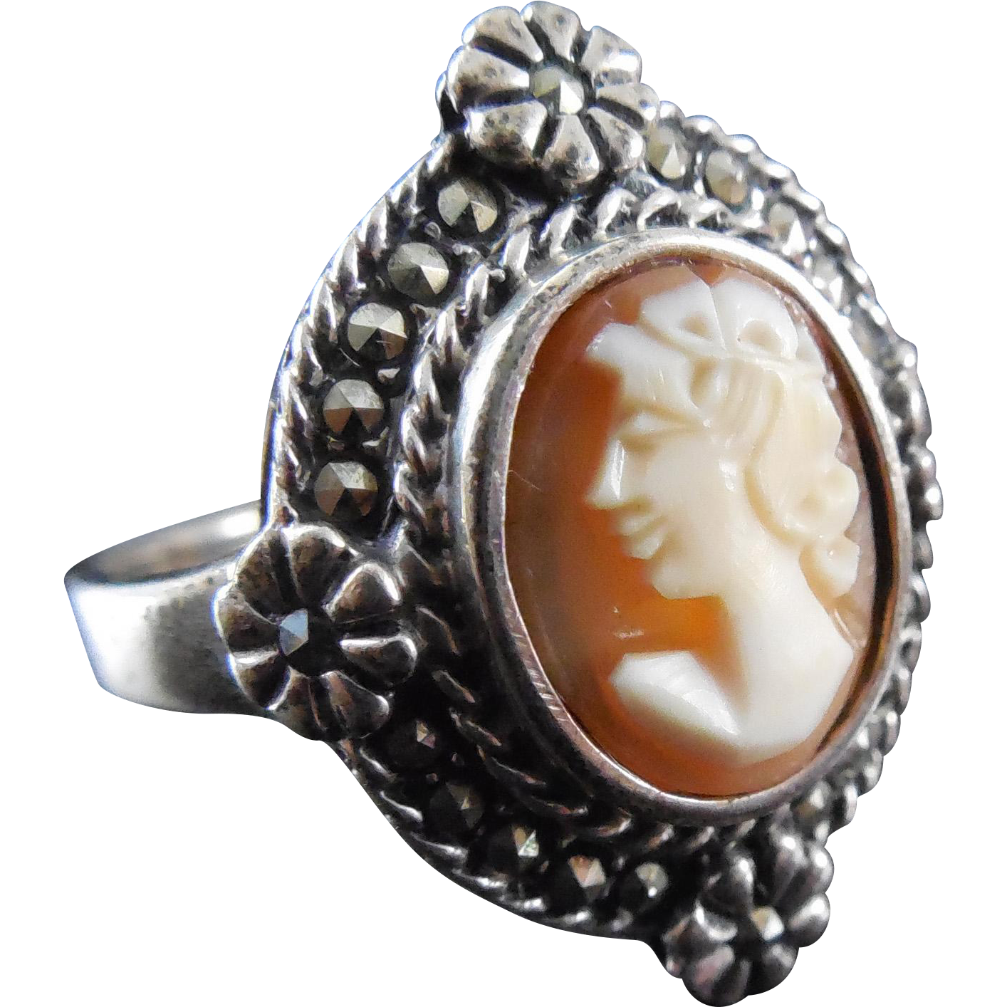 Vintage Sterling Silver & Marcasite Shell Cameo Ring - Size 9