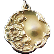Art Nouveau 14K Gold Locket With Lovely Flower Decorations
