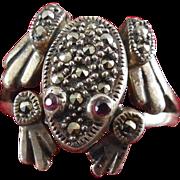 Vintage Sterling Marcasite Movable Frog Ring - Garnet Eyes