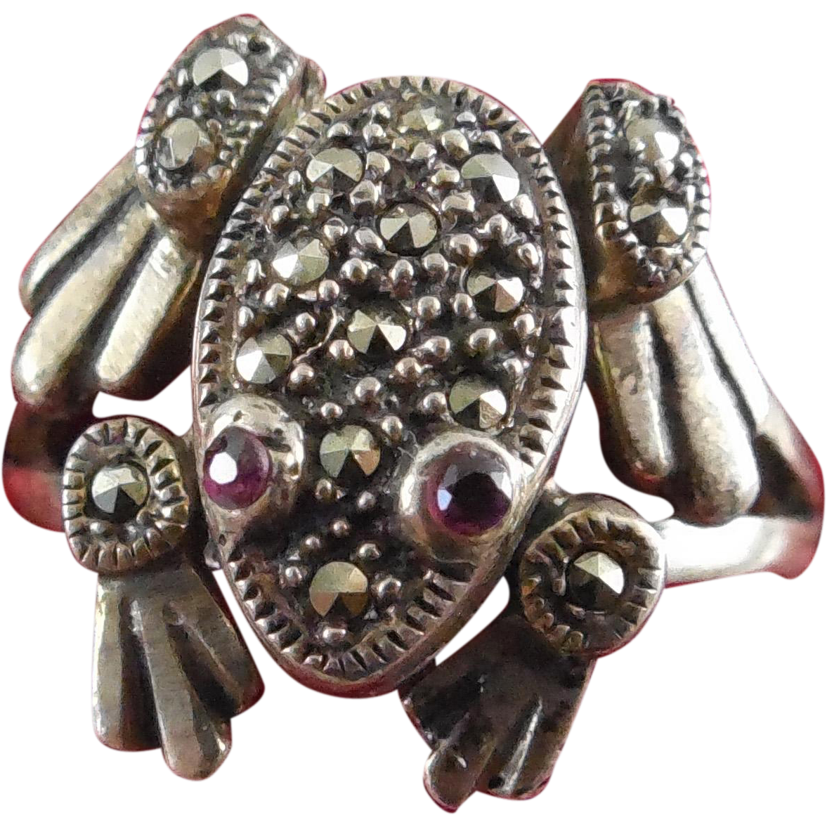 Vintage Sterling Marcasite Movable Frog Ring - Garnet Eyes