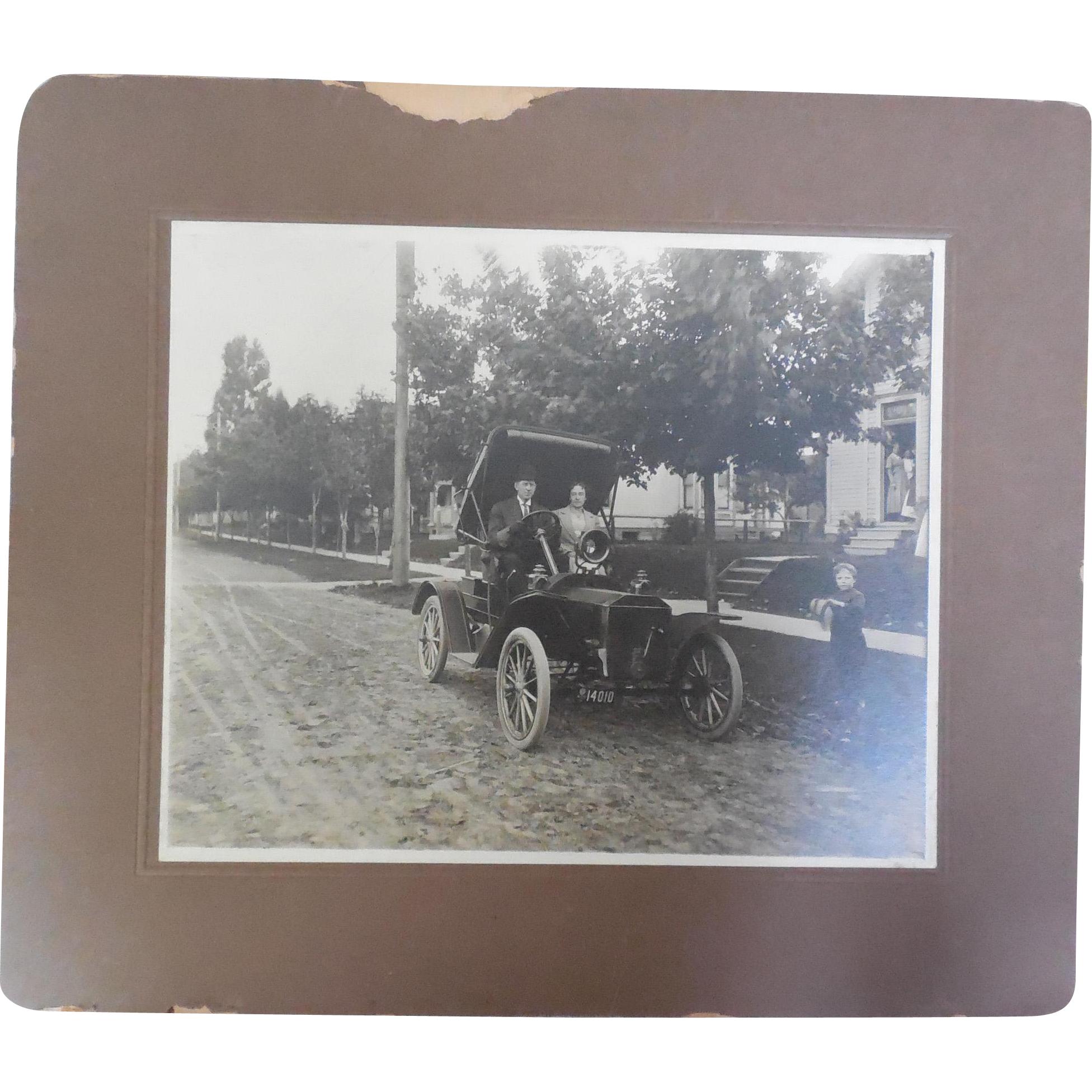 Antique 8x10 Photograph of Early Automobile with young Frederick King Weyerhaeuser