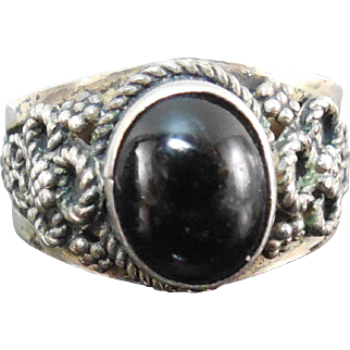 Vintage 950 Sterling Silver Etruscan Look Ring With Black Stone