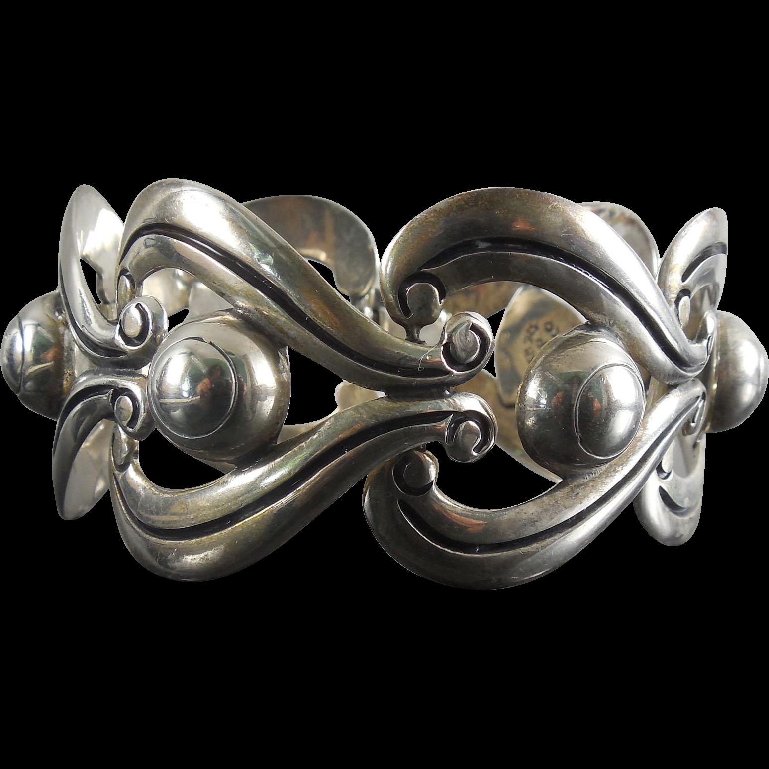 Gorgeous Vintage Designer Signed Taxco Mexican Sterling Silver Bracelet
