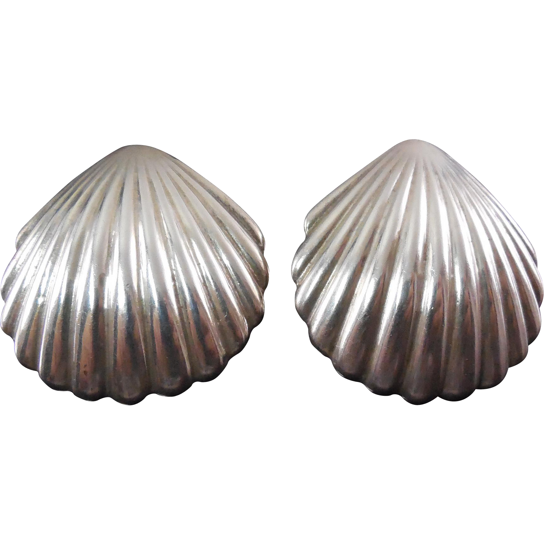 "Large Vintage 1.7"" Signed Los Ballesteros Mexican Sterling Silver Scallop Shaped Earrings"