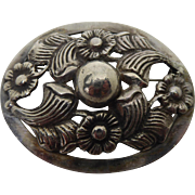 Beautiful Mexico Sterling Silver Dimensional Sterling Silver Brooch Beautiful Flowers and Center Dome