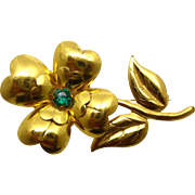 Cute Vintage Gold Plated Flower Brooch with Green Rhinestone Center