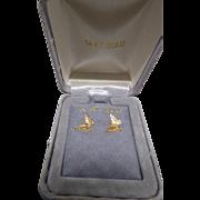 14K Gold Butterfly Earrings In Original Gray Velvet Presentation Box