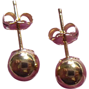 Classy 14K Gold Ball Earrings