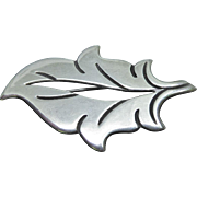 Beautiful Vintage Mexican Sterling Silver Open Leaf Brooch Signed La Cucaracha E2 Taxco