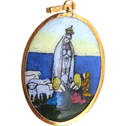 Vintage 18K Gold French Religious Medal - Virgin Mary at Fatima