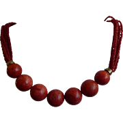Gorgeous Signed Lee Sands Hawaii Coral Necklace - With Both Large & Small Coral Beads