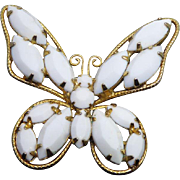 Beautiful Vintage Snow White Milk Glass Butterfly Brooch In Golden Setting
