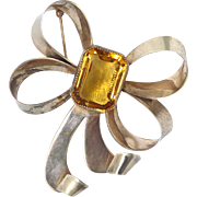 Gorgeous Vintage Sterling Silver Curled Bow Ribbon Brooch Featuring Center Amber Crystal