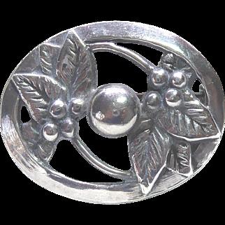 Vintage Sterling Silver Oval Framed Leaf & Berry Brooch