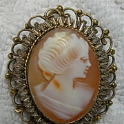Vintage Signed Cameo Pendant Brooch