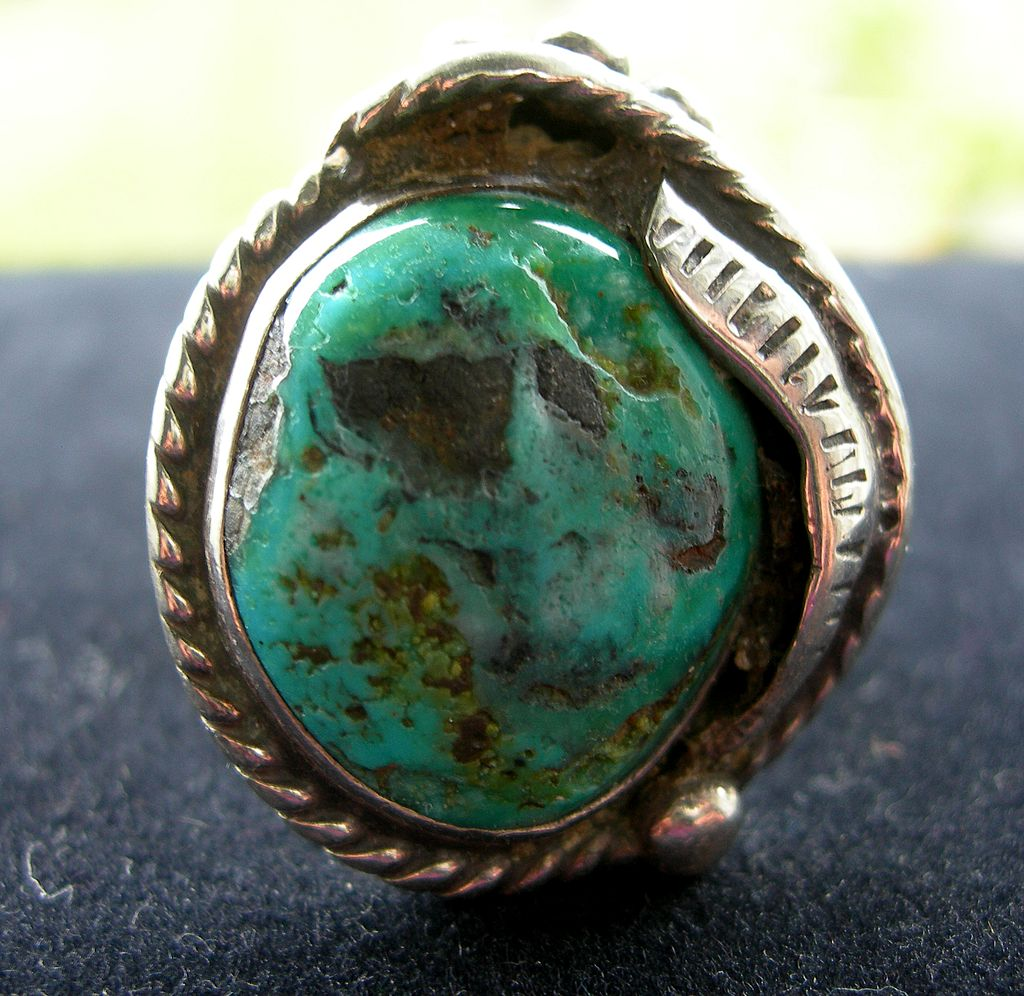 Signed Silver Native American Ring with Large Turquoise Stone - Size 6.5