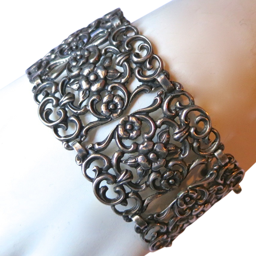 Ornate 835 Silver Link Bracelet Floral Motif Germany?