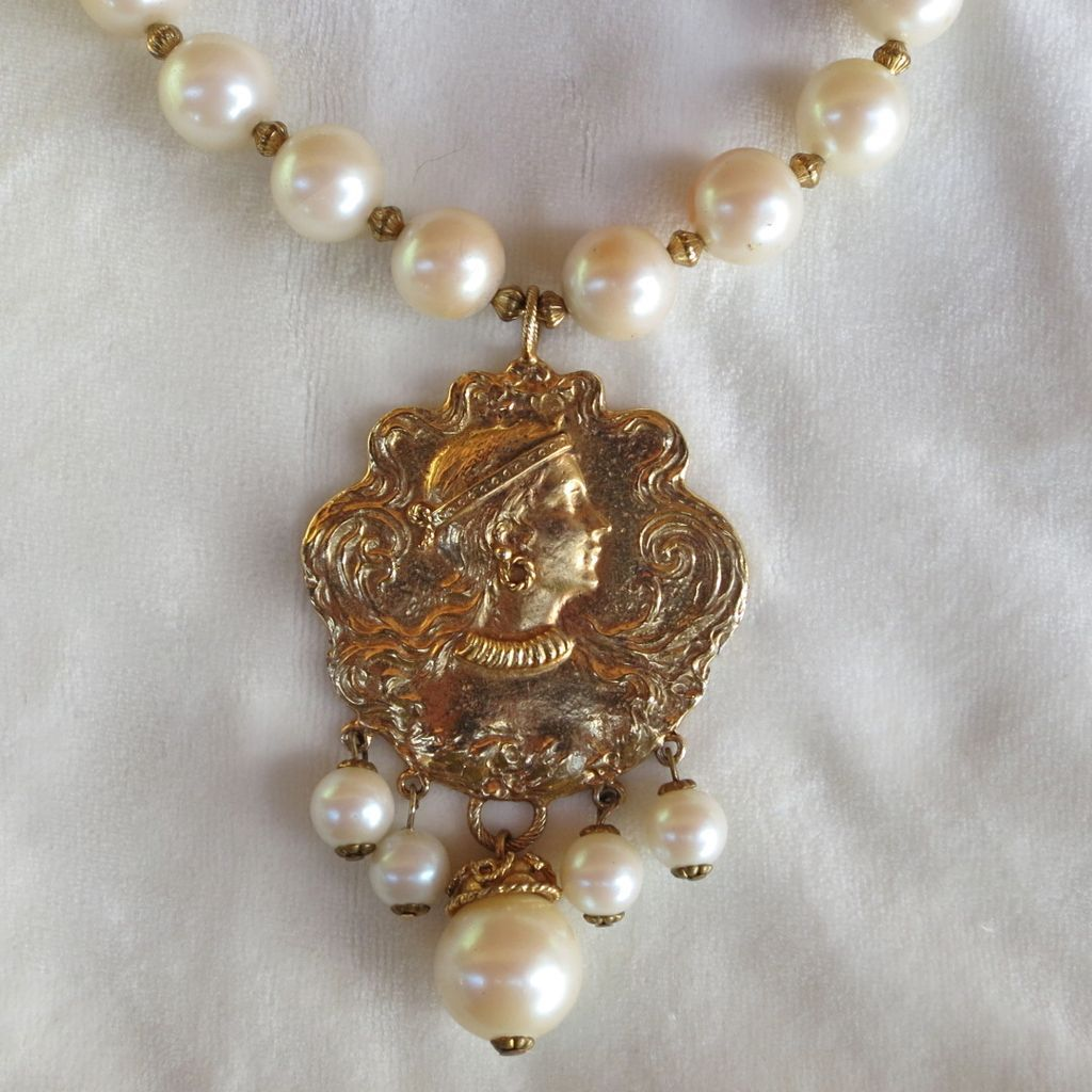 Art Nouveau inspired large pendant necklace with faux pearls 1980's KJL?