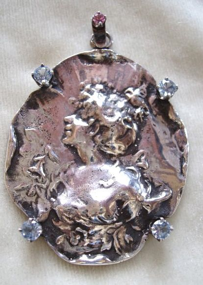 Large vintage art Nouveau and pastes sterling pendant