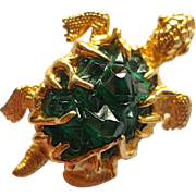 Vintage Petite Boucher Green Turtle Pin
