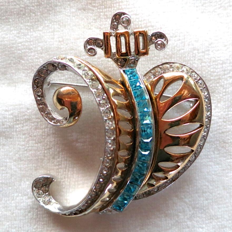 1940's Centennial rhinestone heart brooch